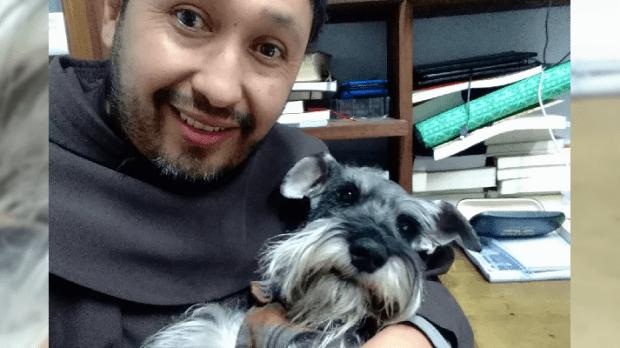 Frei Jorge e o cãozinho frei Carmelito