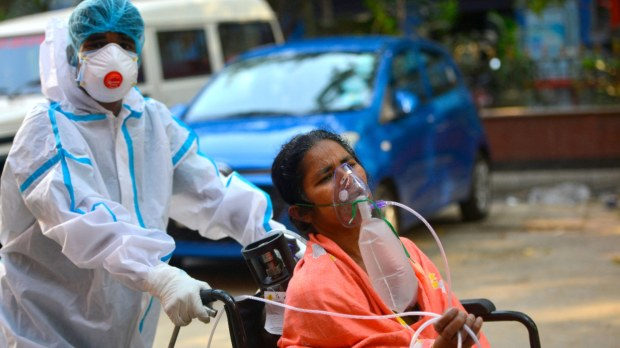 Oxigênio para doentes de covid na Índia