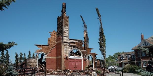 Ataques a igrejas católicas no Canadá