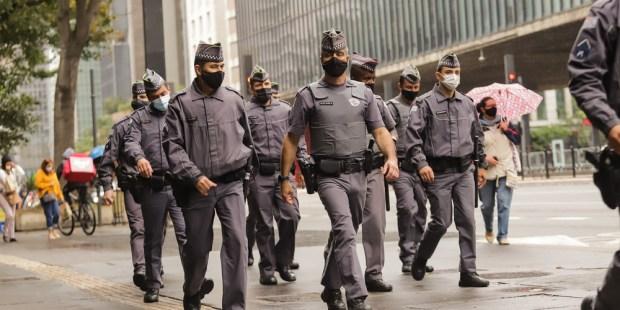 POLICE, BRASIL