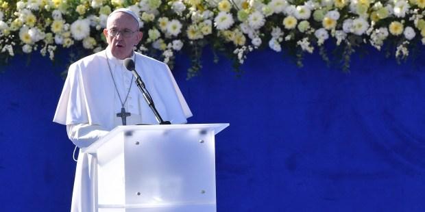 Papa incentiva Europa livre de ideologias