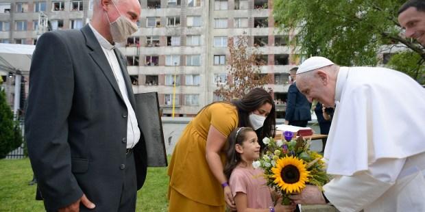 Papa visita comunidade cigana da Eslováquia